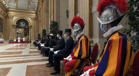 Nakon nekretninskog skandala, Papa pojačao kontrolu nad financijama