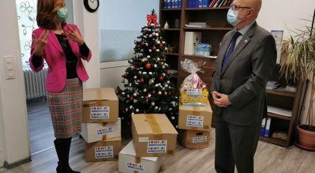 Izraelski veleposlanik Illan Mor uručio donaciju Domu Duga-Zagreb