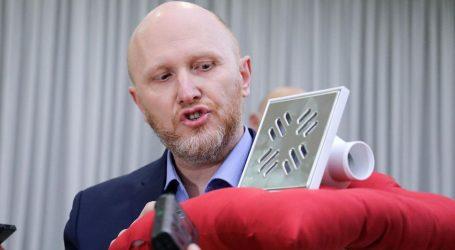Ugrađeni na sljemenskoj žičari: Petek pokazao sifon od 44.000 kuna