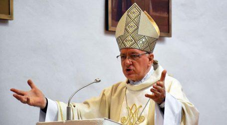 """Požeški biskup: """"Bilo bi mudro da su pri donošenju mjera uključili i stručnjake za pitanja vjerskog identiteta"""""""