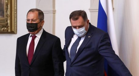 Još se ne zna je li ukradena: Ikona koju je Dodik poklonio Lavrovu vraćena veleposlanstvu BiH