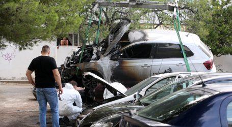 U izgorjelom autu kod Gospića nađeno karbonizirano ljudsko tijelo