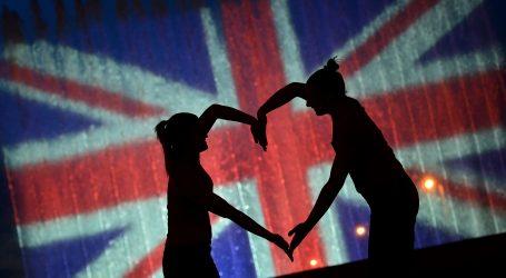 Velika Britanija i EU postigli trgovinski sporazum o Brexitu