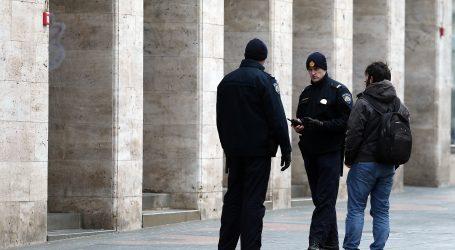 Pelješac: Prijavljen ugostitelj nakon što je policija zatekla goste kako ispijaju pića