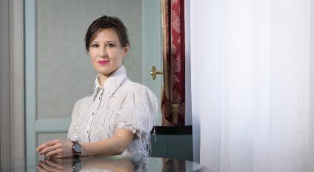 Orešković odgovorila Kovačeviću: Da klečim pred muškarcem koji nema časti?
