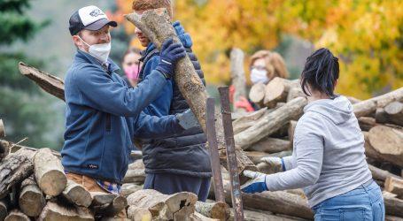 Na Međunarodni dan volontera organizirana pomoć stradalima u potresu