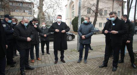 """Plenković u Sisku: """"Imamo iskustva, nastojat ćemo pomoći"""""""