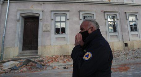 """Dumbović: """"S ruševina Petrinje opada sve ono što još nije otpalo"""""""