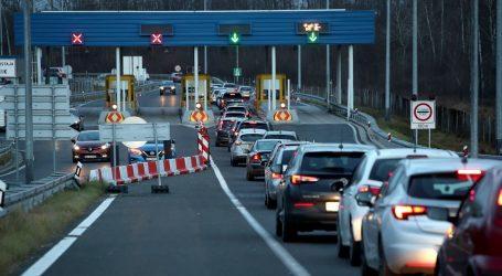HAK: Otežan promet lokalnim prometnicama, pozivaju se vozači da izbjegavaju odlazak u pogođena područja
