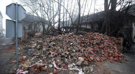 """Gradonačelnik Gline: """"Neke su kuće sravnjene sa zemljom, padaju dimnjaci"""""""