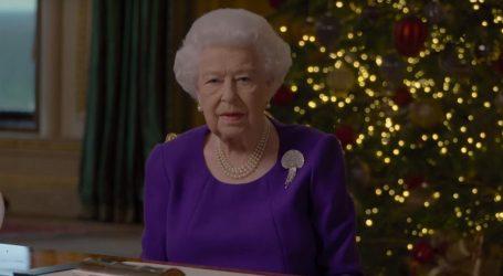 Kraljica u obraćanju naciji poslala poruke nade, Britancima poručila da 'nisu sami'