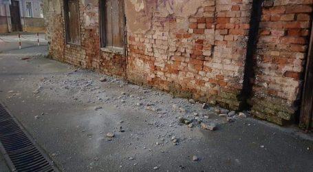 Fotografije šteta od potresa u Sisku, treslo se opet u 7,48 sati