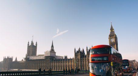 BUDUĆNOST EUROZONE: Cameron ponovo u igri