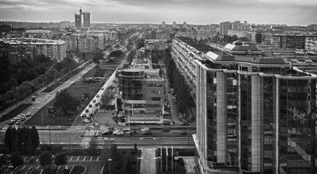 Ispred zgrade RTS-a u Beogradu došlo je do snažne eksplozije, poginula jedna osoba