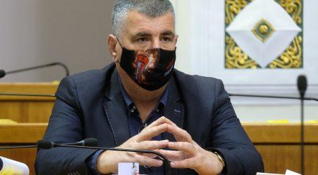 """Bulj: """"Plenković je prevario građane, proglasio pobjedu nad virusom, i pobijedio na izborima"""""""