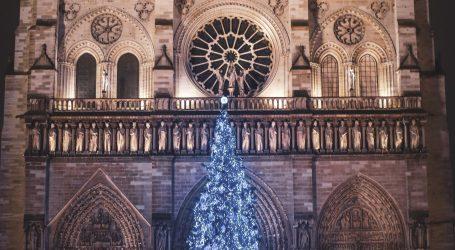 'Jako emocionalan trenutak': U crkvi Notre-Dame održan tradicionalni koncert, prvi put od požara