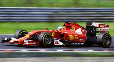 VN Abu Dhabija: Verstappen starta s 'pole positiona'