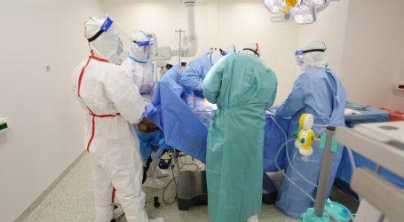 """HLK: """"Liječnici koji rade s Covid bolesnicima dobili i 20 posto manje plaće"""""""