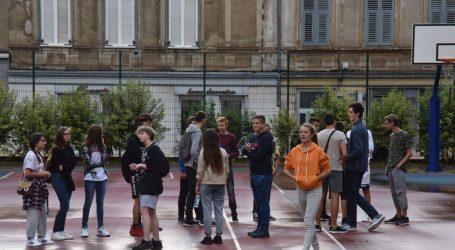 U srednjim školama Splitsko-dalmatinske županije od ponedjeljka online nastava