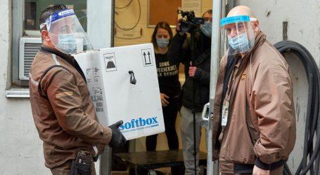 U Kanadi broj zaraženih covidom u dva tjedna narastao za 100 tisuća