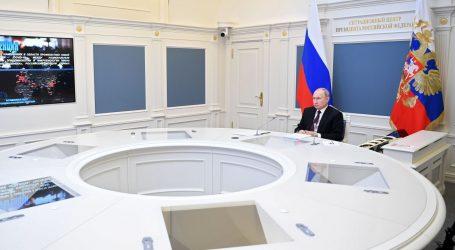 Putin naredio masovno cijepljenje protiv koronavirusa u Rusiji od sljedećeg tjedna