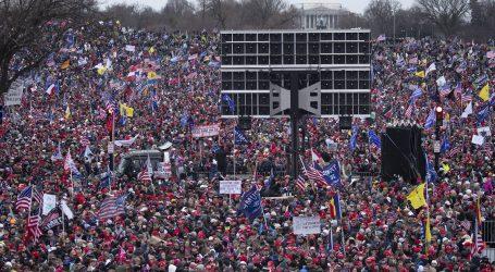 Trump ne odustaje: tisuće izveo na ulice, potpredsjednika Pencea poziva da ga slijedi