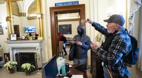 Američki mediji govore da je uhićen čovjek koji je upao u ured Nancy Pelosi. Nadimak mu je Bigo, drži ga FBI
