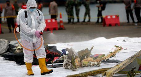 Indonezija locirala crne kutije iz srušenog zrakoplova