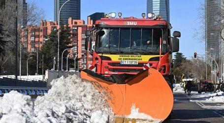 Španjolska vlada zbog snijega Madrid proglasila 'zonom katastrofe'