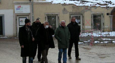 """Dumbović: """"Grad je uništen, nijedna ustanova ne radi"""""""