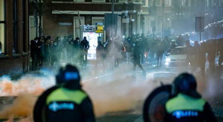 U Nizozemskoj uveden policijski sat, došlo je do nereda drugu noć zaredom