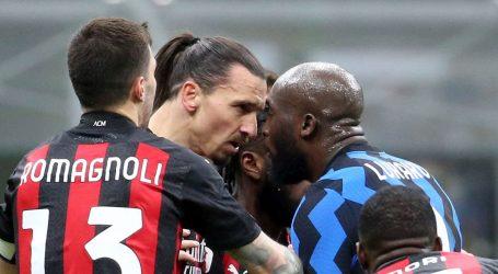 Nogometaši Intera prvi polufinalisti talijanskog Kupa, u finišu 'slomili' Milan