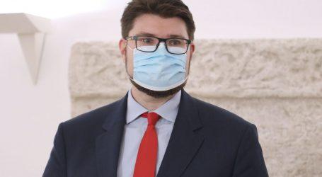 """Zajednička konferencija oporbe: """"Jandroković je pokazao srednji prst svima stradalima u potresu"""""""