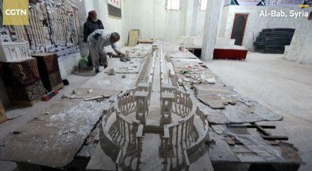 Velikom maketom antičke Palmire Sirijac podsjetio na razaranje grada