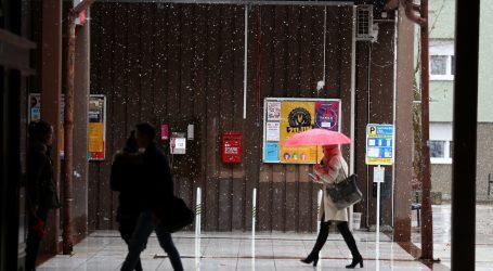 DHMZ: Oblačno i kišno vrijeme, u gorju snijeg