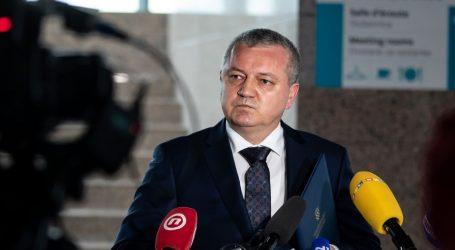 """Ministar Horvat: """"Bit će istrage o gradnji u Petrinji, sjest ćemo s akterima za stol"""""""