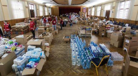 Crveni križ: U tjedan dana podijeljeno 287 tona hrane, skupljeno 38,5 milijuna kuna