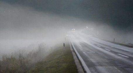 HAK: Kolnici skiski i mokri, moguća poledica i magla