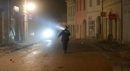 Policija tvrdi da se vozač u Petrinji poslije potresa u srijedu oglušio na upozorenja policije