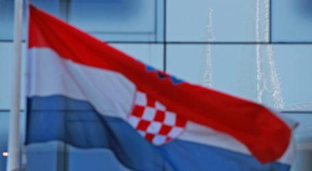 Podignute zastave ususret Danu hrvatskog naroda u Crnoj Gori