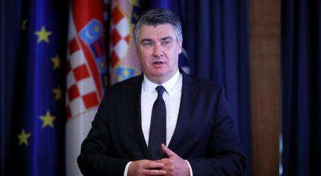 """Milanović: """"Nitko ne smije ostati prepušten sebi, ljudima treba pružiti nadu i osigurati nove domove"""""""