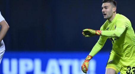 Sukladno najavama Nevistić potpisao za Dinamo, ostaje na posudbi u Rijeci