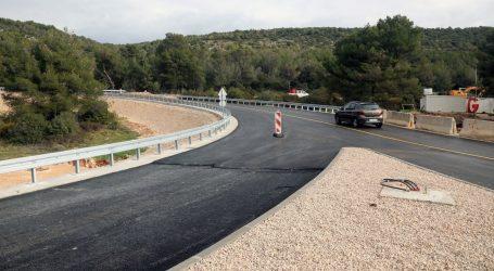 HAK: Kolnici mokri i skliski, i dalje se vozi otežano u Sisačko-moslavačkoj županiji