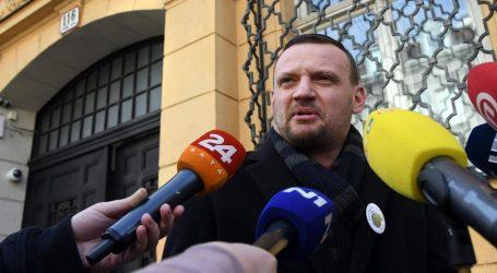 """Viktor Šimunić stigao u USKOK: """"Ljudi mi na cesti čestitaju. Ako treba, otići ću i u zatvor"""""""