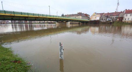 Civilna zaštita: Podiže se vodostaj Save i Kupe, potresom pogođenim područjima prijeti poplava
