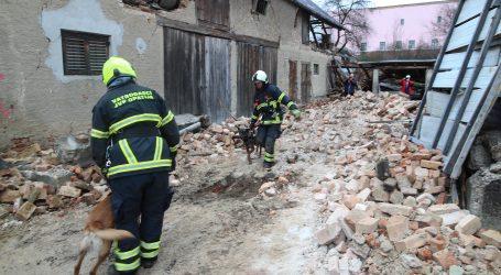 Vatrogasci iz ruševina spasili 30 nastradalih, trojica vatrogasaca ozlijeđena