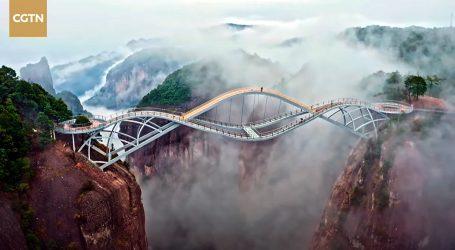 Kina: Neobičan most Ruyi postao turistički hit