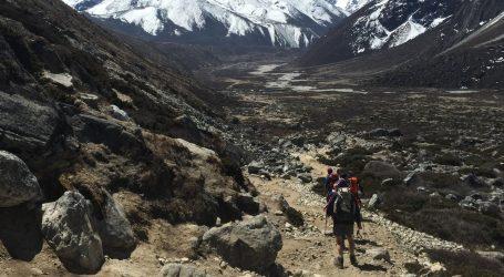 Smeće i ostaci prikupljeni na Mount Everestu postaju umjetnička djela