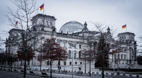 Nakon upada u Kongres SAD-a strože mjere sigurnosti oko Reichstaga u Berlinu