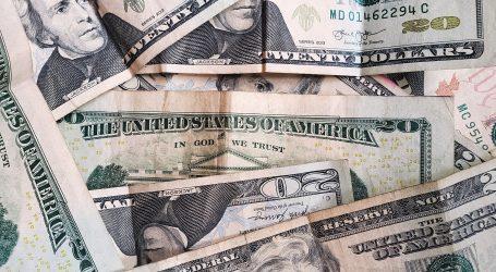 Novčanica od 20 dolara s naljepnicom 'Del Monte' na dražbi, zasad za nju ponuđeno 57.500 dolara